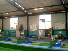 ゴルフ練習場の施工写真1