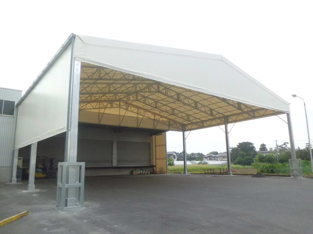 荷捌場テントN-7の施工写真1